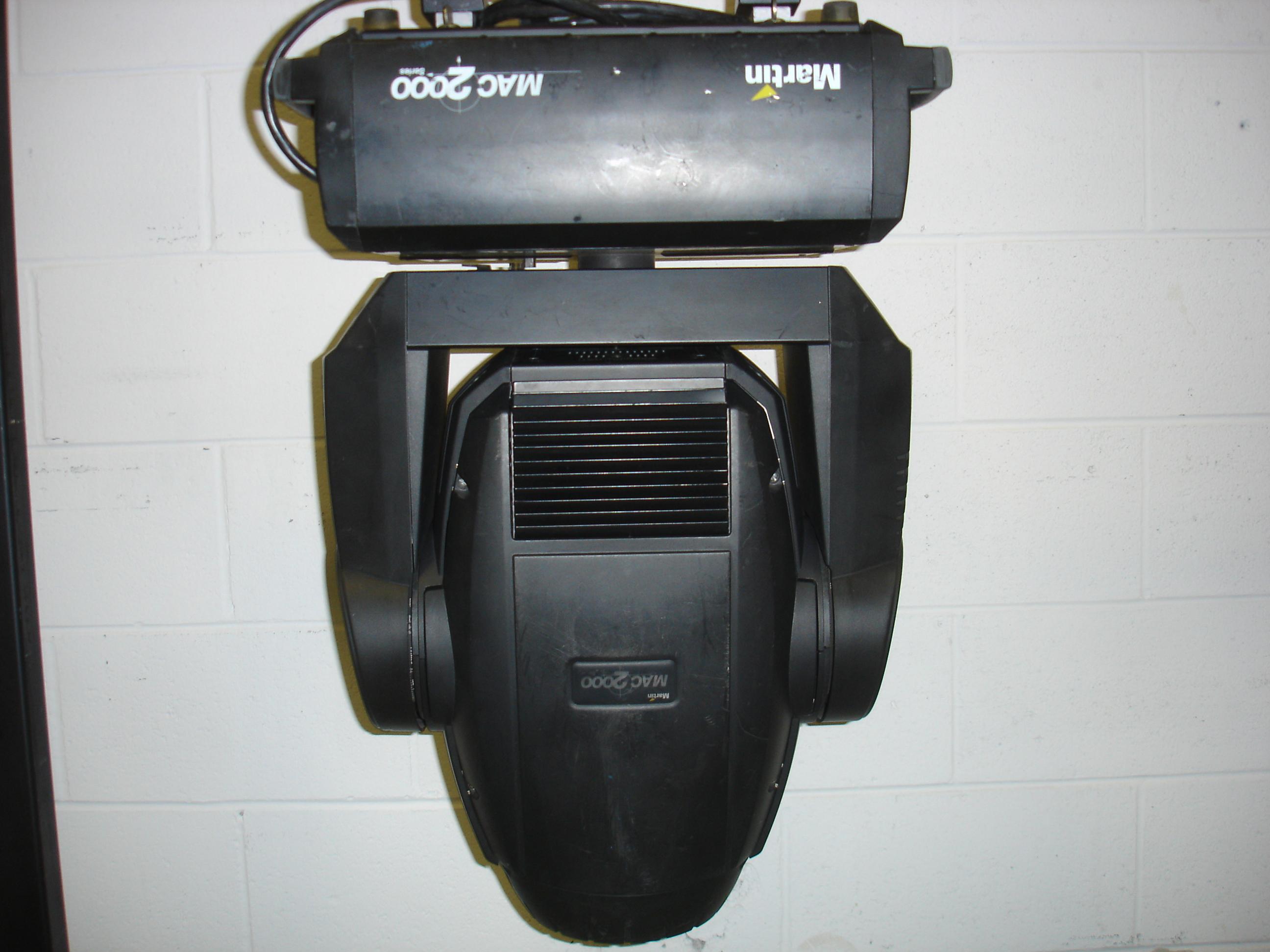 Mac 2000 Profile II
